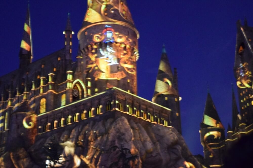Nighttime Lights at Hogwarts Castle - Hufflepuff Projections