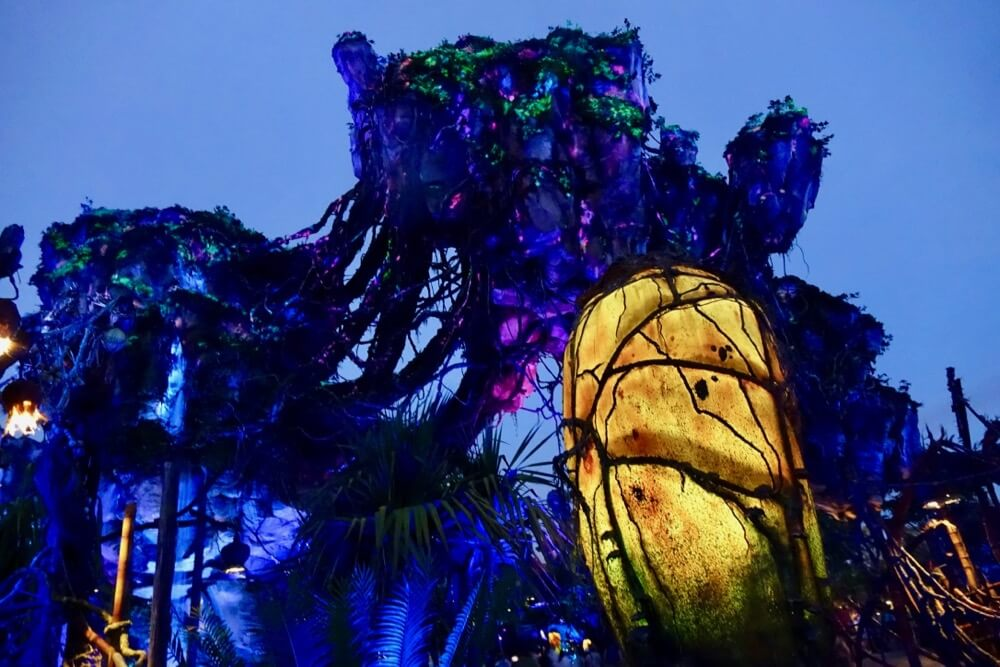 Pandora World Of Avatar - Floating Mountains at Night