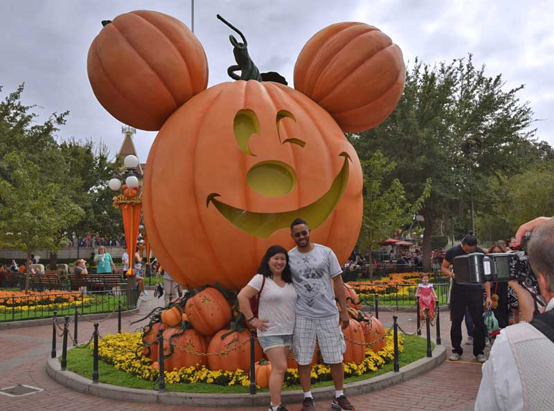 Disneyland Halloween Time 2017 - Pumpkin Photo Op