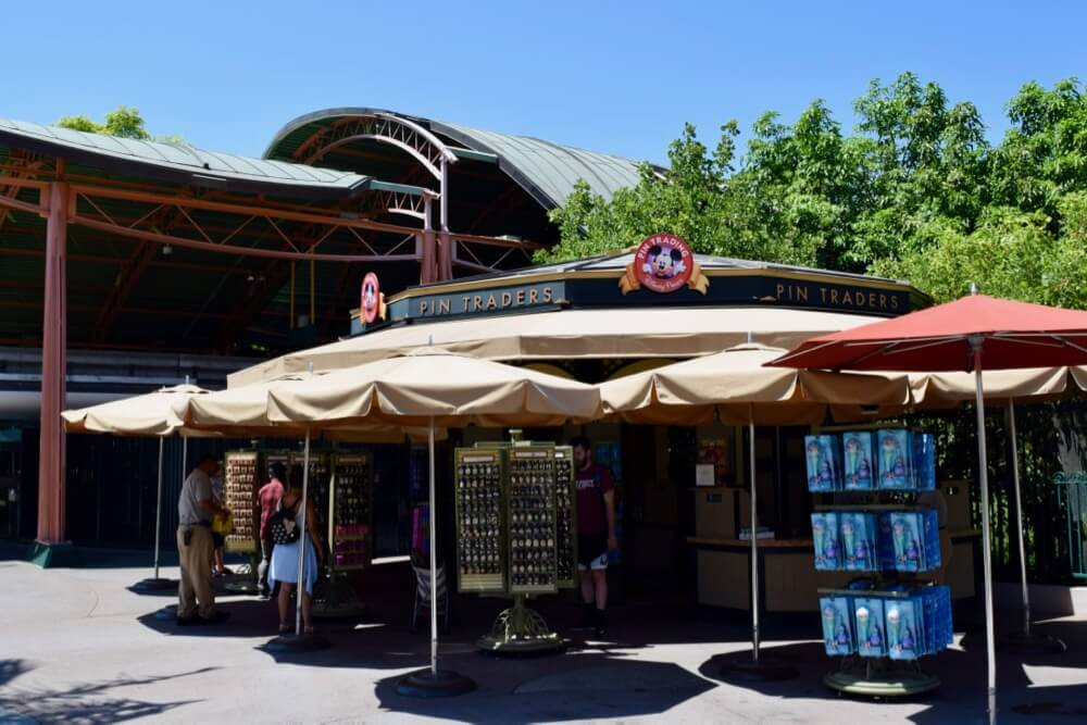 Guide To Downtown Disney at Disneyland - Pin Traders