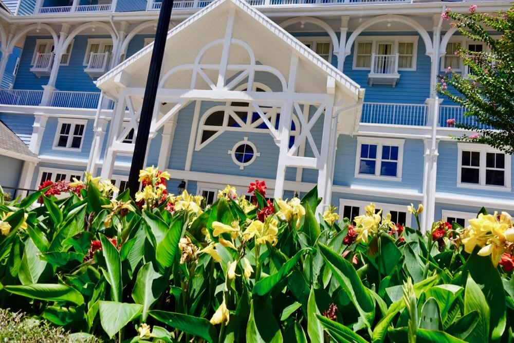 Disney World Deluxe Hotel - Beach Club Flowers