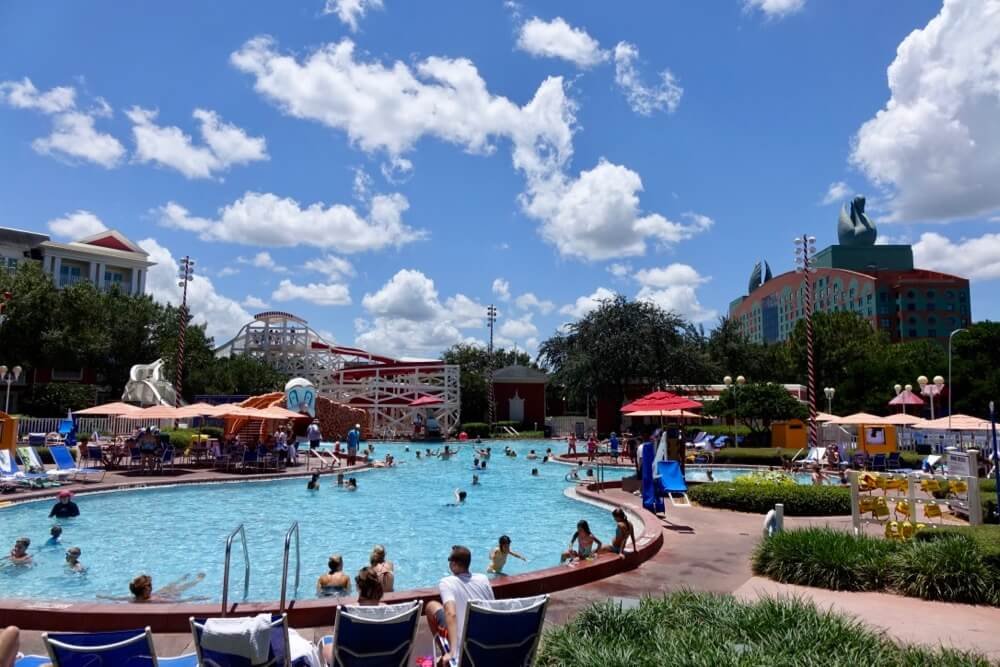 Disney World Deluxe Resort Hotel - Boardwalk Inn Pool