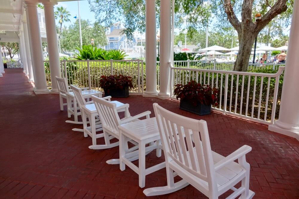 Best Disney Deluxe Resort - Disney's Yacht Club Resort