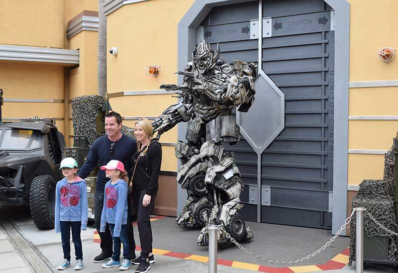 Universal Studios Hollywood for Toddlers - Meeting a Transformer