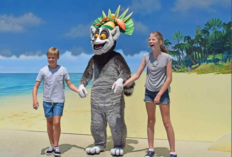 Universal Studios Hollywood Characters - King Julian