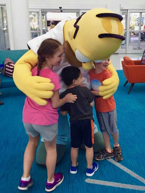 Things To Do at Universal Orlando Besides the Theme Parks - Homer Simpson and Kids