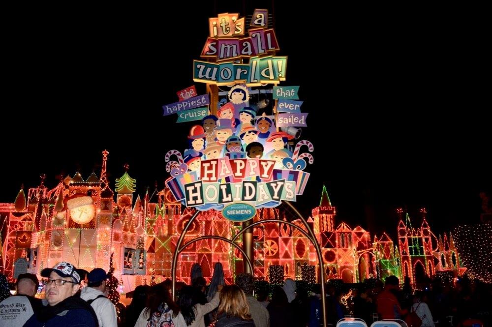 Disneyland at Thanksgiving - Small World Holiday