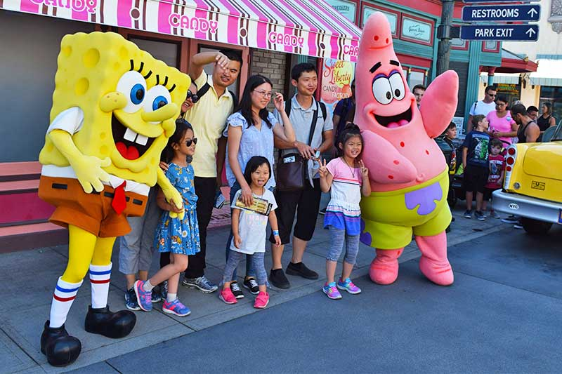 Fun Guide to Universal Studios Hollywood Character Spotting-spongbob