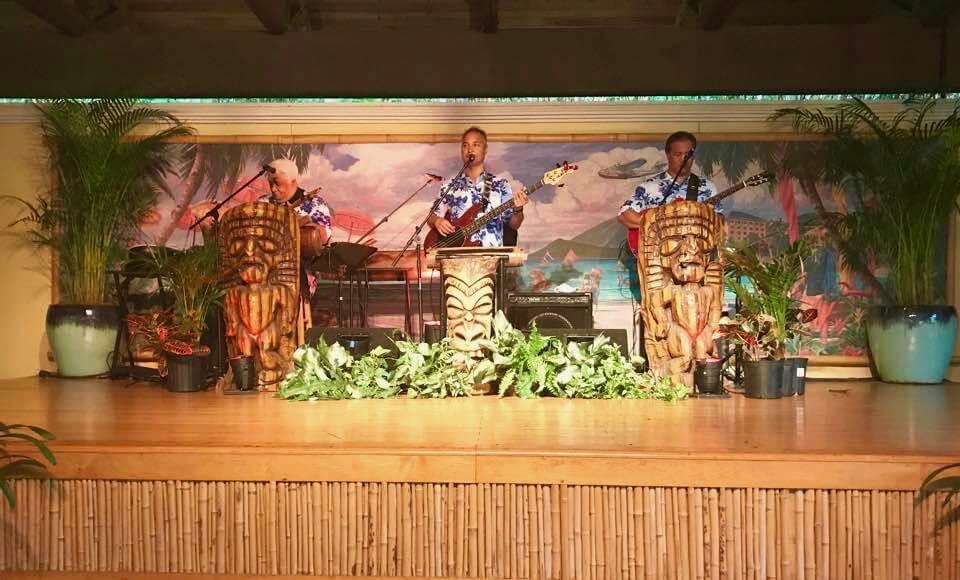 Wantilan Luau at Universal Orlando - Wantilan Luau Band