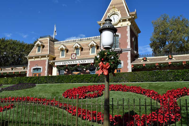 holidays at disneyland 2018 christmas decorations - Disneyland Christmas Decorations