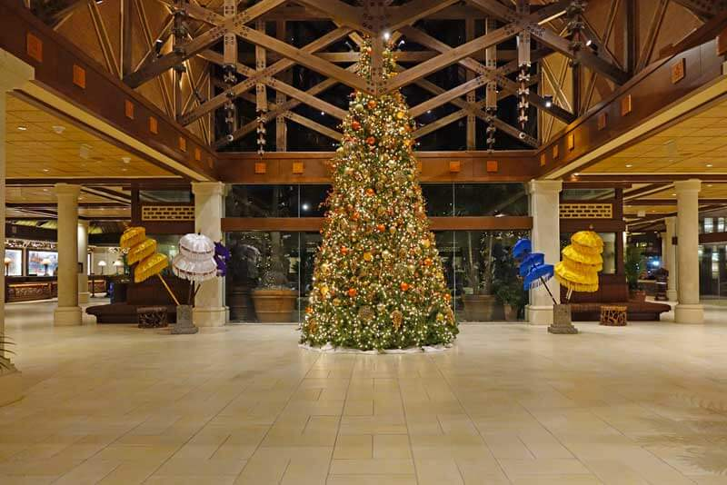 Holidays at Universal Orlando - Loews Royal Pacific Resort