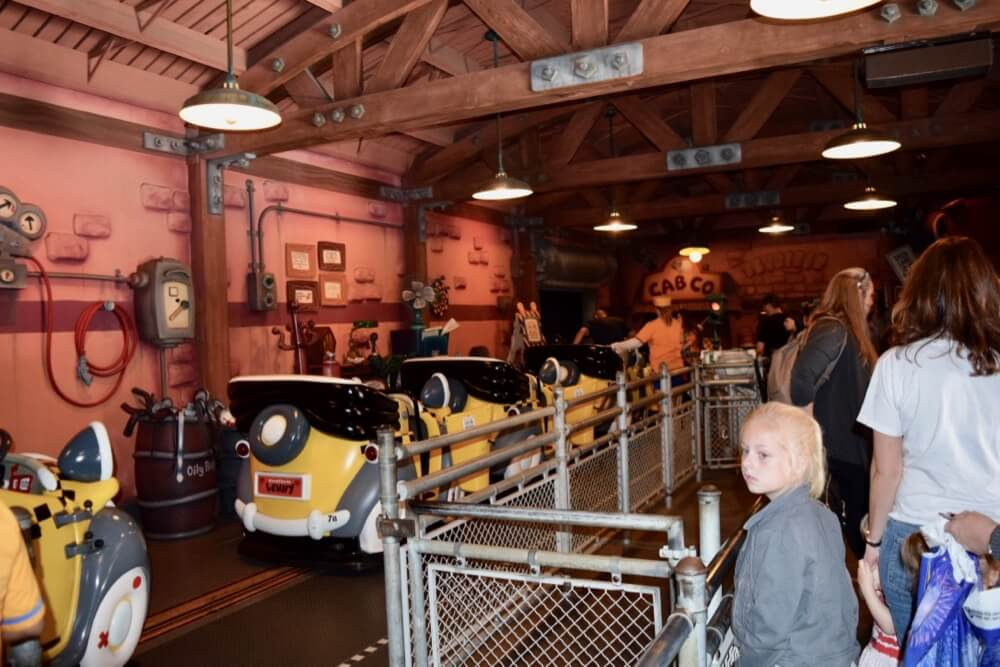 Best Queues at Disneyland - Roger Rabbit Loading Station