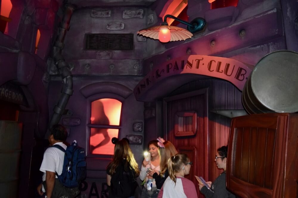 Best Queues at Disneyland - Roger Rabbit Toontown