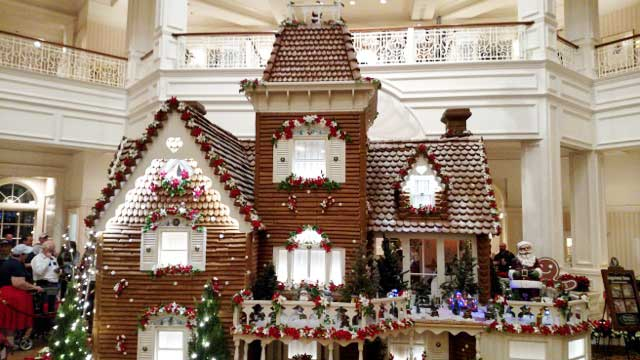 Disney World Resort Christmas Decorations - Grand Floridian
