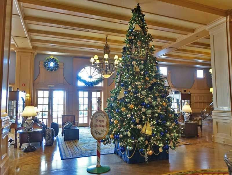 Disney World Resort Christmas Decorations - Disney's Yacht Club Christmas Tree