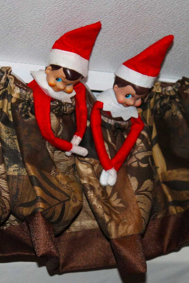Strategies For Using Your Elf On The Shelf At Disney World