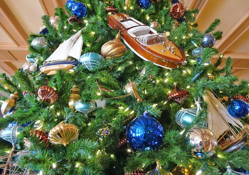 disney world resort christmas decorations disneys yacht club christmas tree closeup