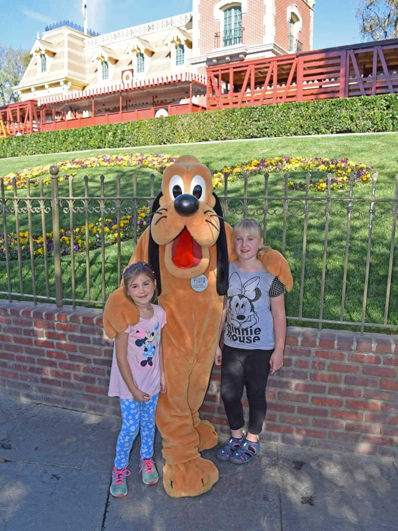 Multi-Generational Trip to Disneyland - PhotoPass