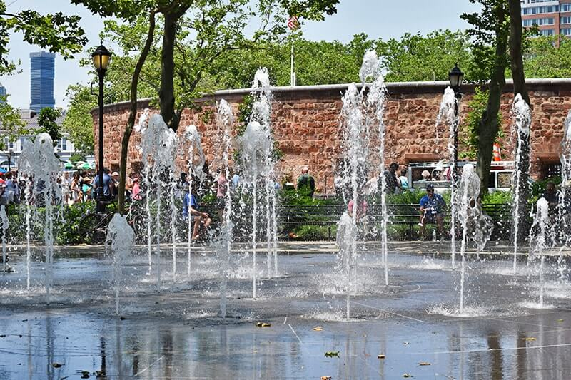 Top Things to Do in NYC with Kids - Battery Park Fountains