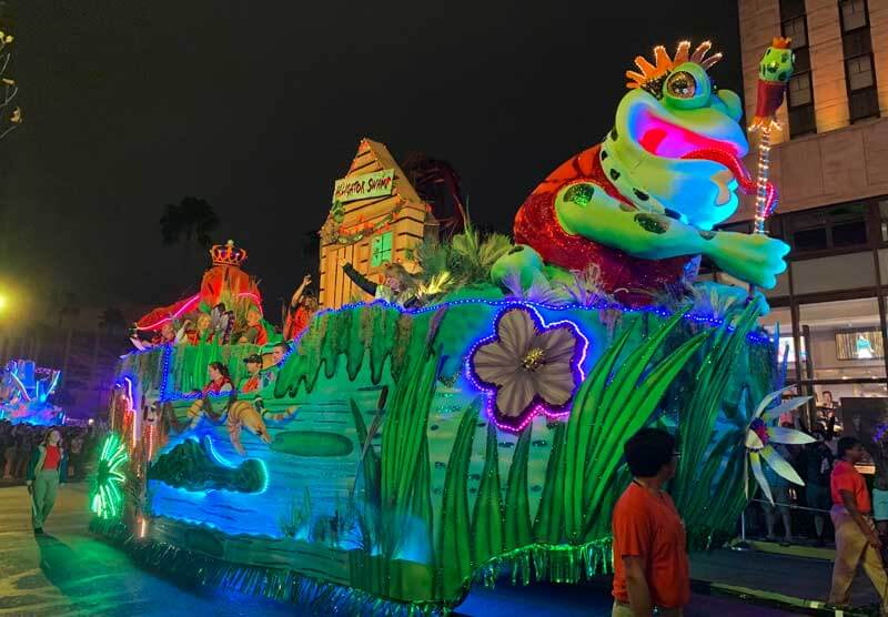 Universal Studios Mardi Gras Parade - Ride on a Float