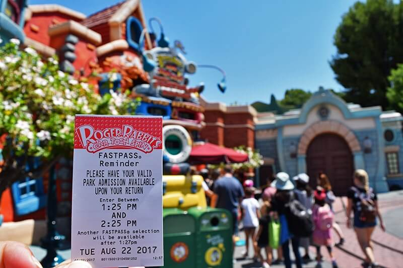 How to Take Disney MaxPass to the Max! - FASTPASS Roger Rabbit