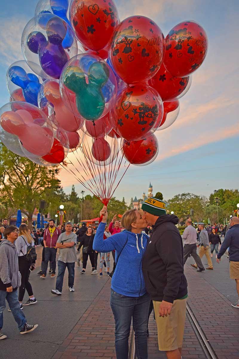 Romantic Things To Do at Disneyland - Balloon Kiss