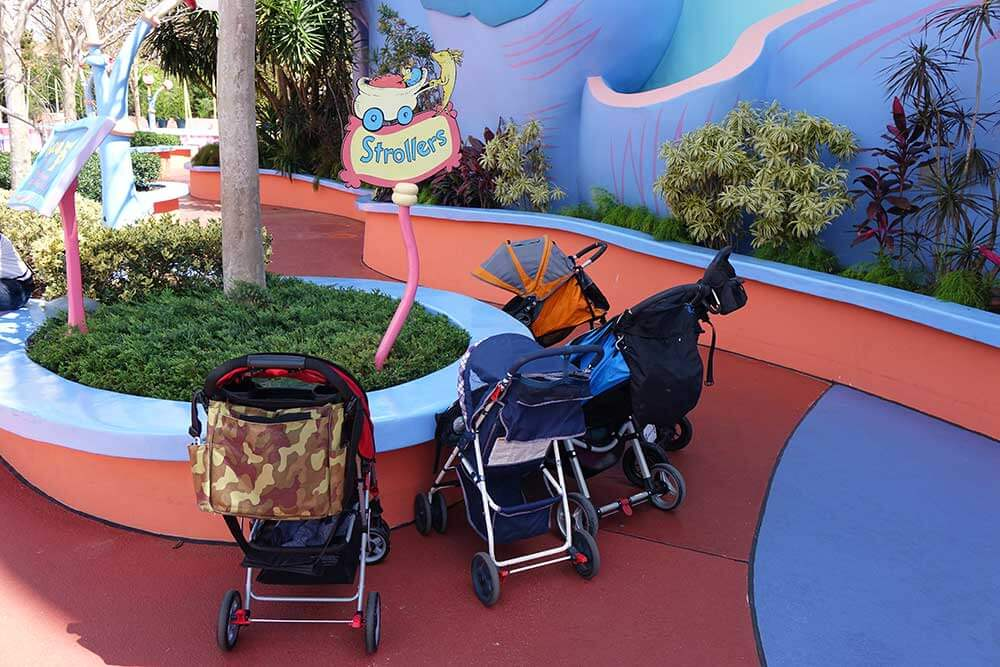 Stroller at Universal Orlando - Ride Parking