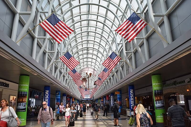 Tips for Visiting Chicago with Kids - Airport