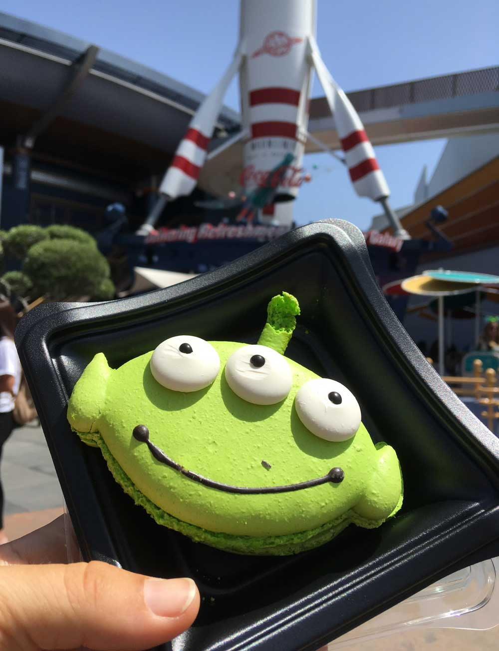 Alien Macarons at Disneyland Pixar Fest