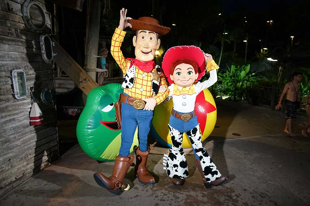 disney h2o glow nights - Woody and Jessie