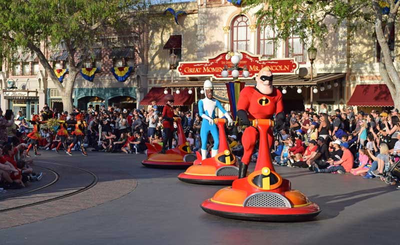 Best Spot to View Disneyland Pixar Play Parade - The Incredibles