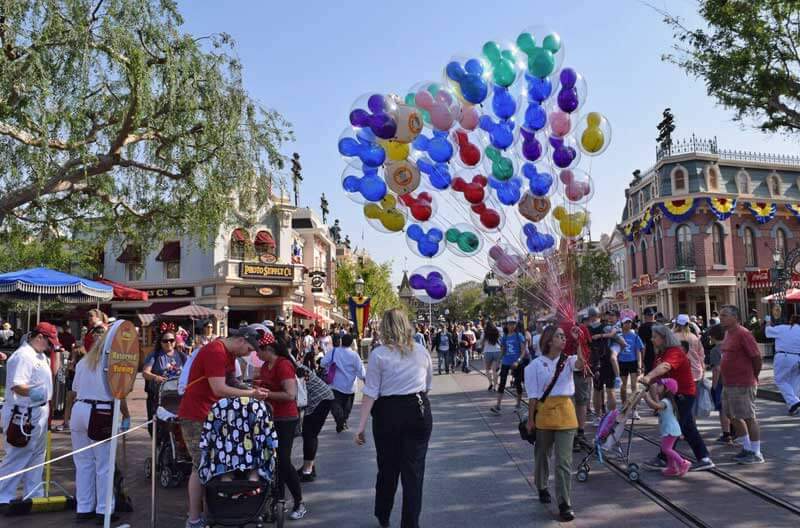 Best Spot to View Disneyland Pixar Play Parade - Main Street USA