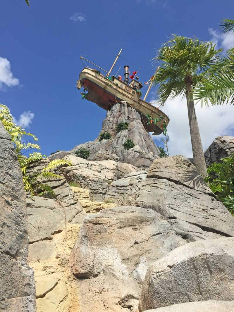 Guide to Disney's Typhoon Lagoon - Shipwreck