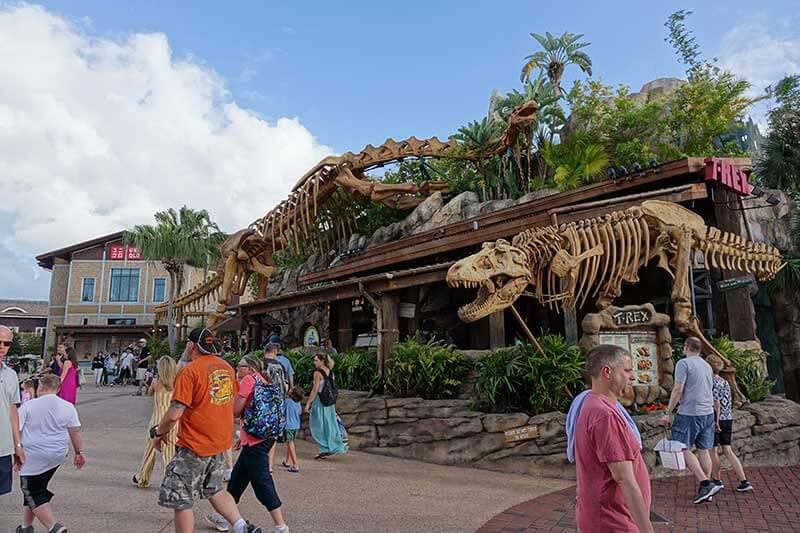 Disney Springs Tips - T-Rex