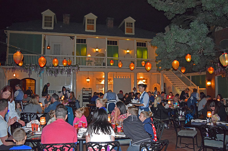 Disneyland Dining Reservations - Blue Bayou