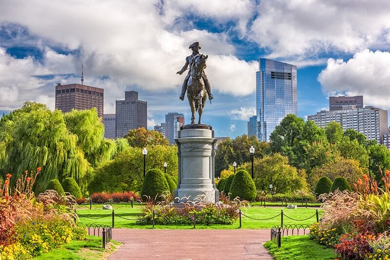 Top Things to Do in Boston with Kids - Boston Public Garden