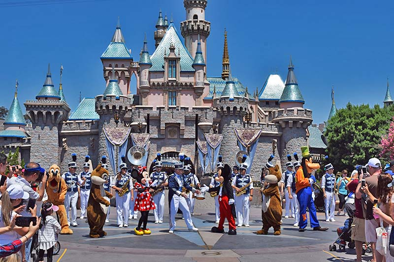 Time-Saving Theme Park Tips - Sleeping Beauty Castle