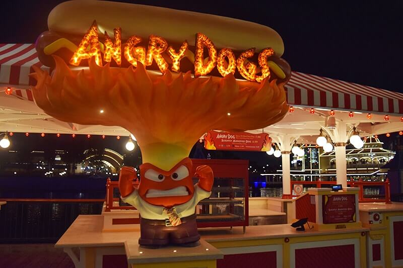 A Foodie's Guide to Eating Your Way Through Pixar Pier - Angry Dogs