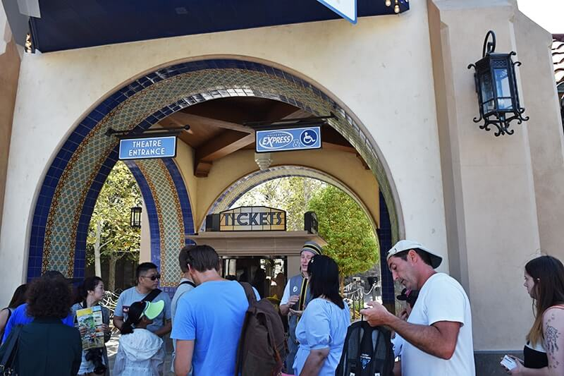 Using a Wheelchair at Universal Studios Hollywood - Express/Wheelchair queue