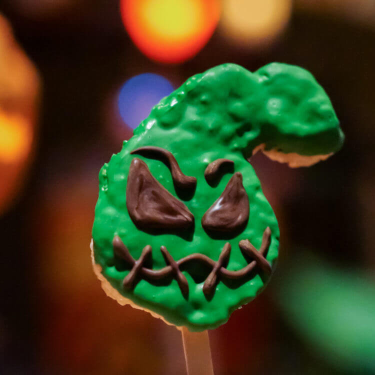 Oogie boogie crispy is one of the many delicious Disneyland Halloween Time treats you should try.