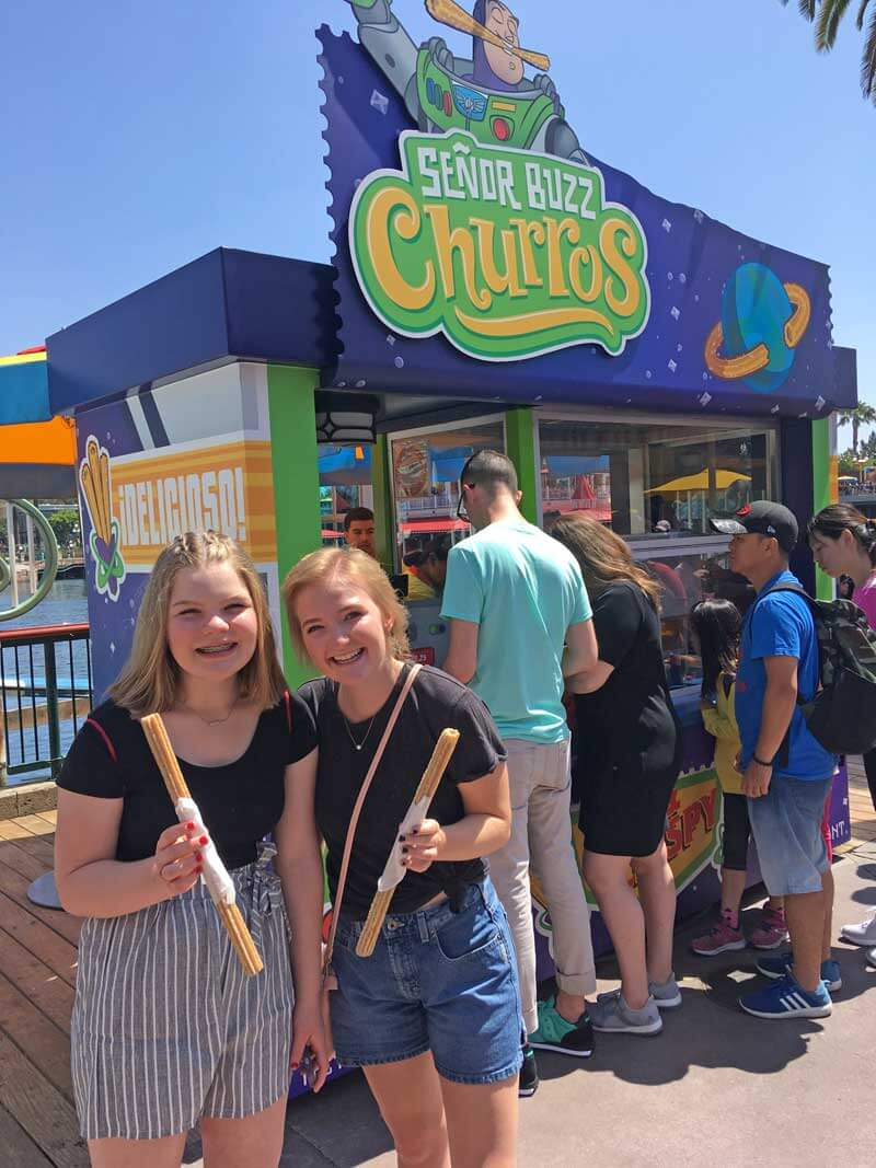 Senor Buzz Churros - Eating at Pixar Pier