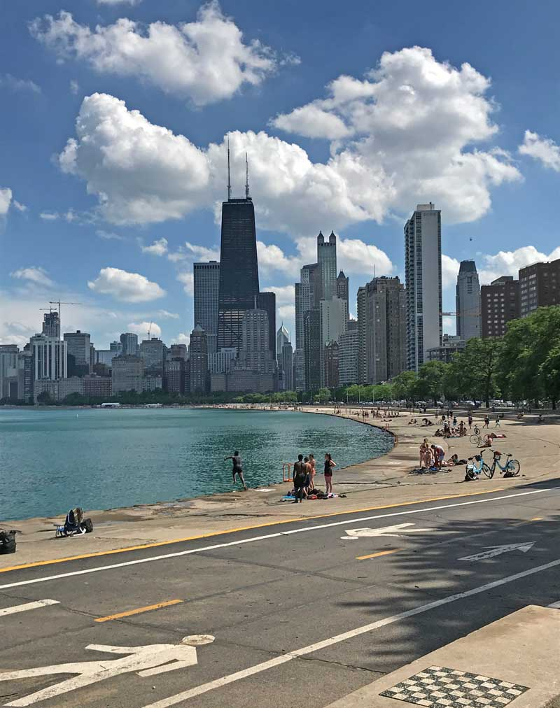 Plan the Perfect Family Bike Ride on the Chicago Lakefront Trail