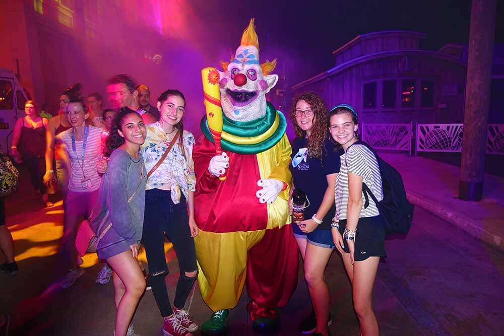 Halloween Horror Nights Orlando - Killer Klowns