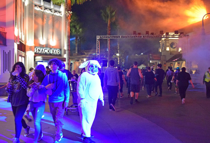 Halloween Horror Nights Hollywood 2018 - Scare Zones