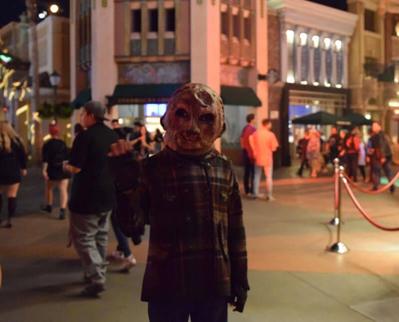 Halloween Horror Nights Hollywood 2019 - Trick R Treat