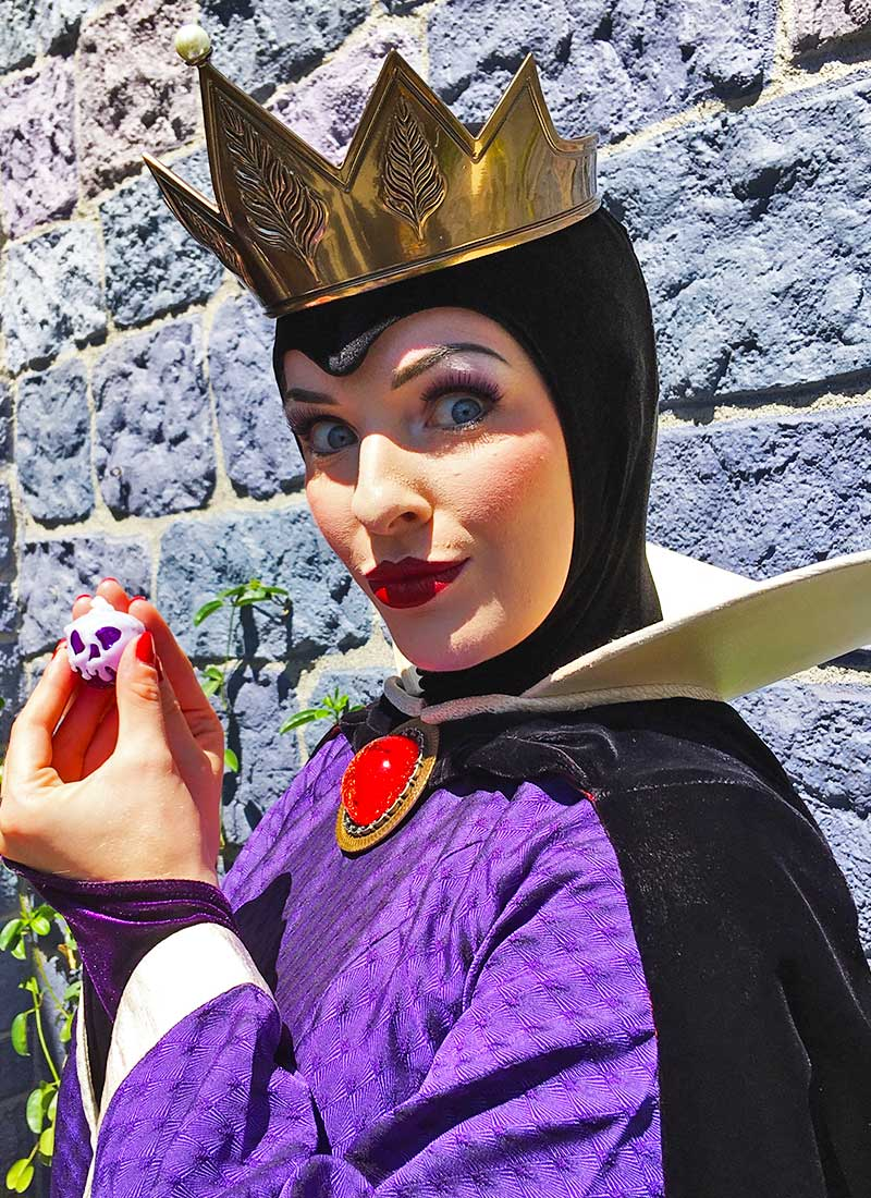 Our Royally Good Guide to Meeting Princesses at Disneyland - The Evil Queen