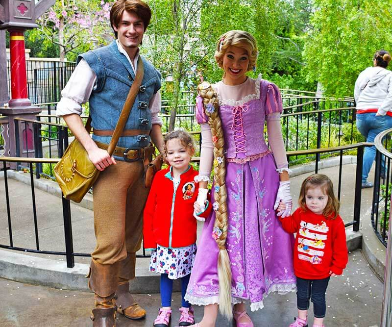 Our Royally Good Guide to Meeting Princesses at Disneyland - Rapunzel and Flynn Rider