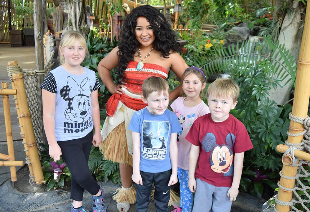 Tips for Meeting Princesses at Disneyland - Moana