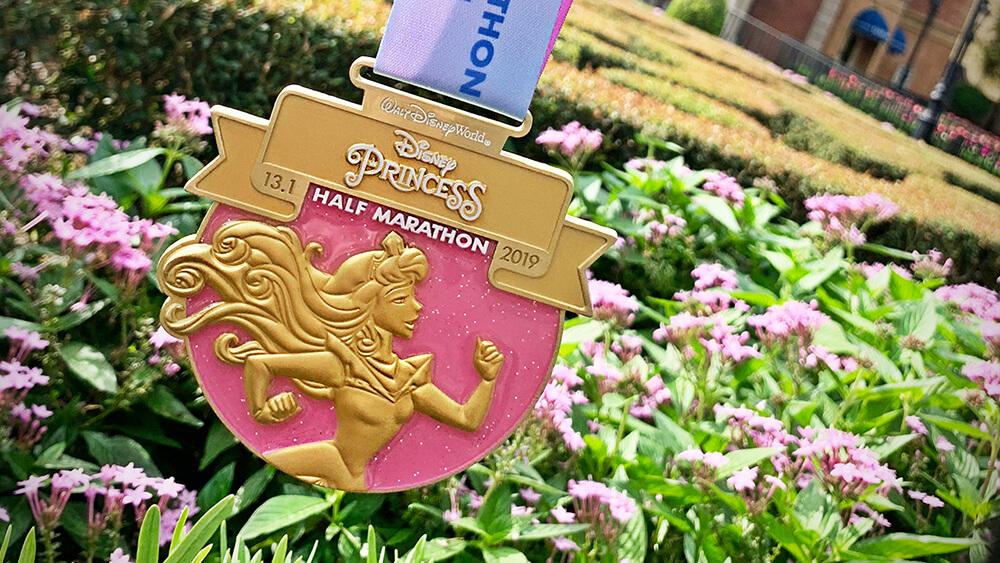 Roundup - Half Marathon Medal 2019