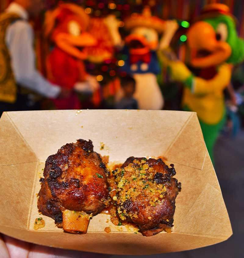 Our Guide to the Yummiest Holiday Treats and Foods at Disneyland - Ham